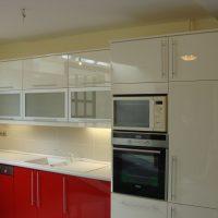Magasfényű-festett-konyhabútor.4