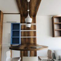 Modern konyhabútor magasfényű ajtófronttal.5